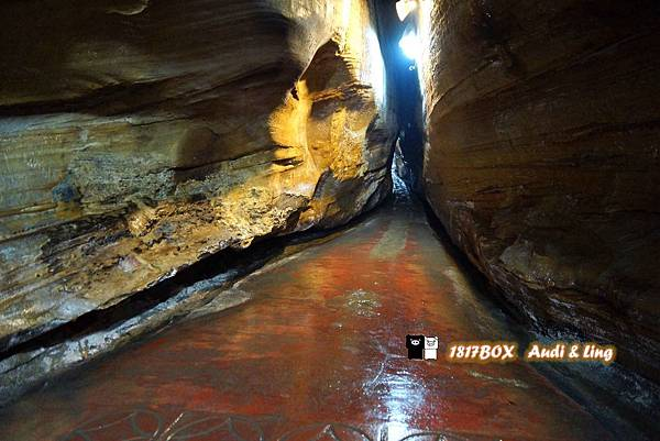【基隆。中山】基隆當地最大的海蝕洞。仙洞巖。奇異的洞穴景觀。洞穴一線天。別有洞天。基隆旅遊景點。夏季避暑聖地 @1817BOX部落格