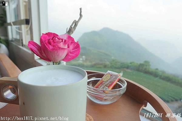 【嘉義。番路】玻璃屋裡擁抱茶園山色。品茗玫瑰烏龍茶。飲山郁茶茶&玫瑰花園 in Alishan @1817BOX部落格